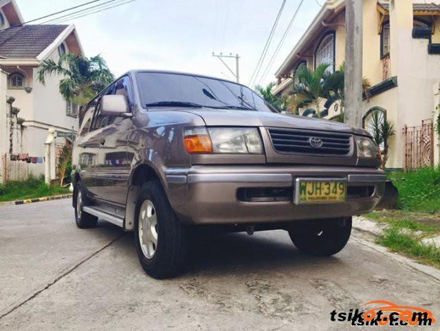 Toyota Wigo 2000 - 1