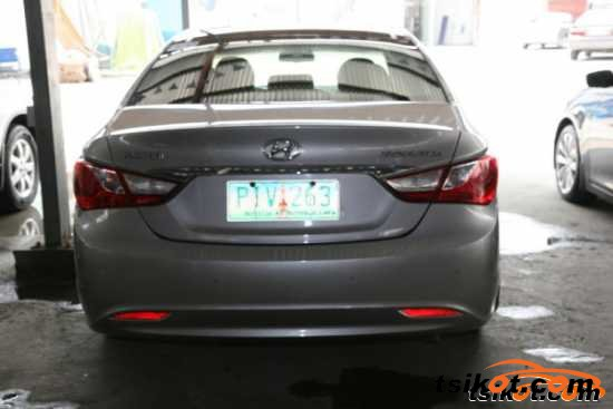 Hyundai Sonata 2008 - 3