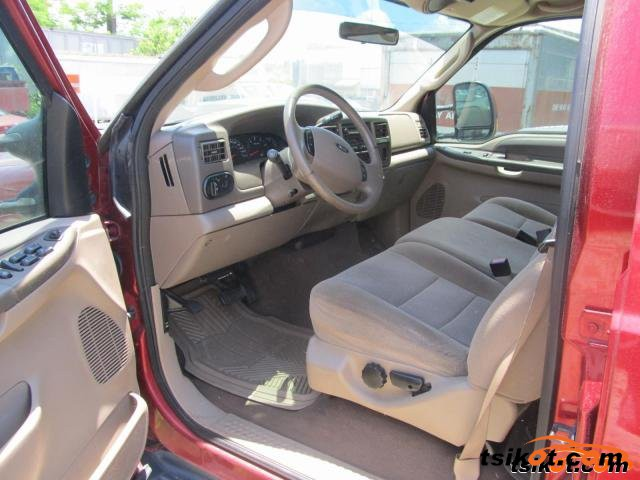 Ford Excursion 2004 - 3