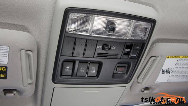 Toyota 4Runner 2010 - 3