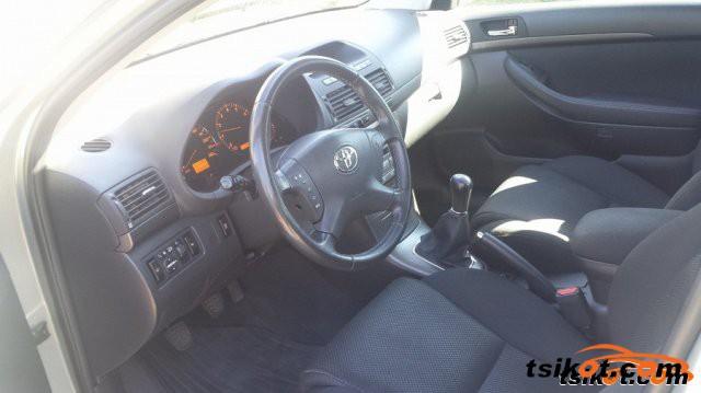 Toyota Avensis 2005 - 3
