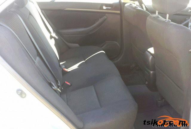 Toyota Avensis 2005 - 5