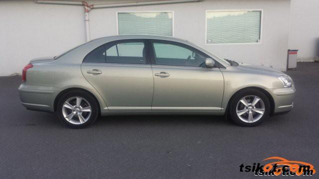 Toyota Avensis 2005 - 6