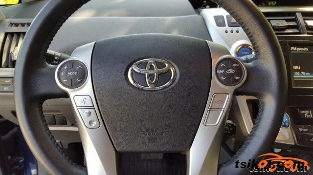 Toyota Prius 2013 - 4