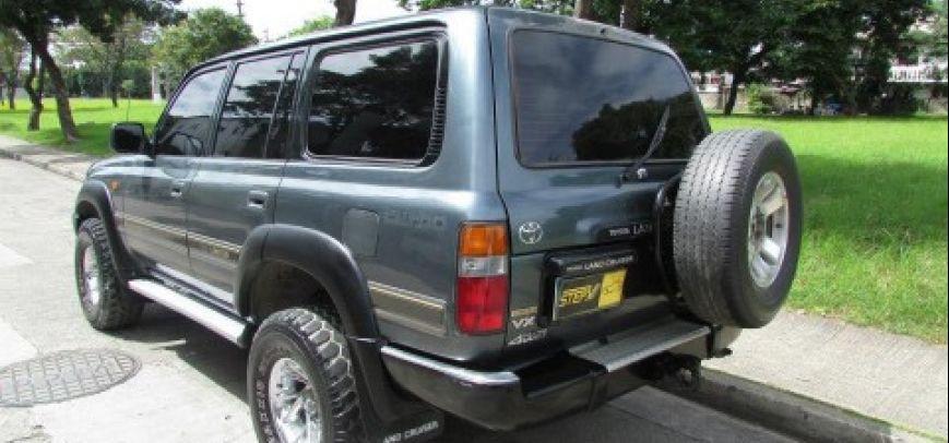 Toyota Land Cruiser 1995 - 2