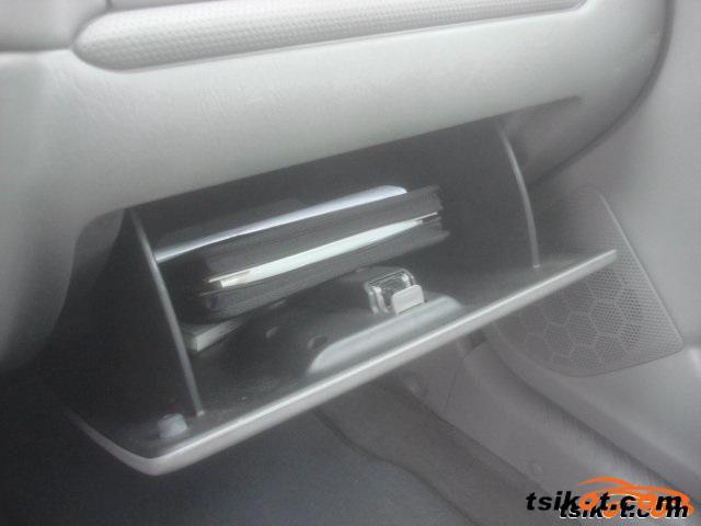 Mazda Tribute 2001 - 5