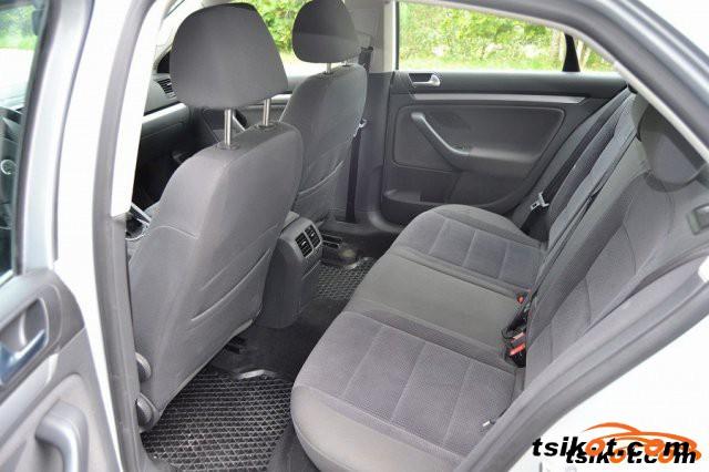Volkswagen Jetta 2007 - 4