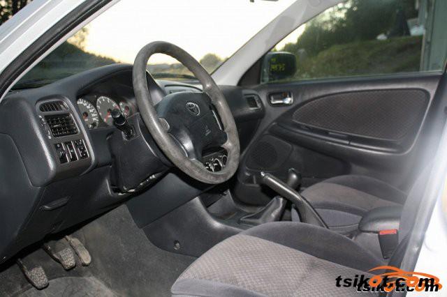 Toyota Avensis 2002 - 3