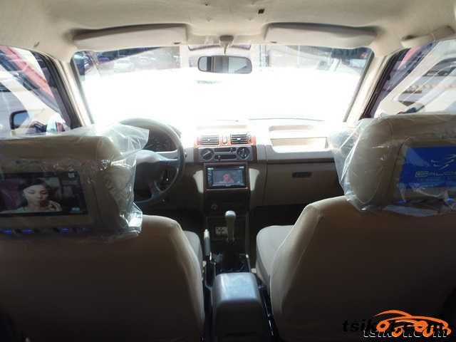 Mitsubishi Adventure 2007 - 5