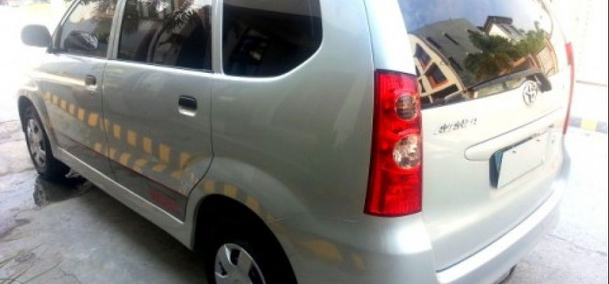 Toyota Avanza 2008 - 10