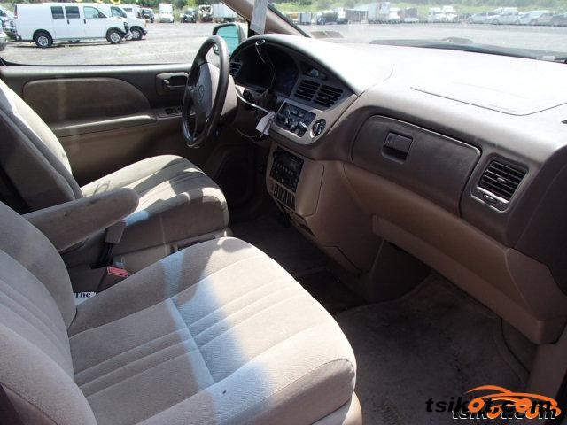 Toyota Sienna 2002 - 3