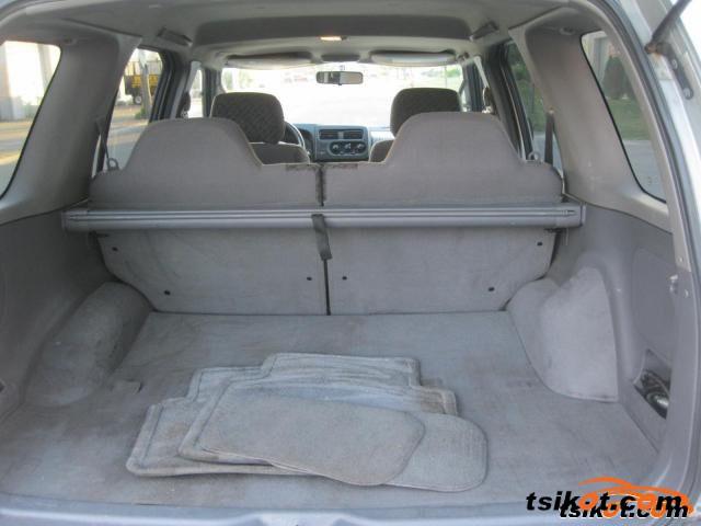 Nissan Xterra 2001 - 4