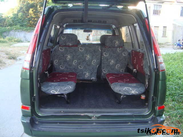 Mitsubishi Adventure 2003 - 3