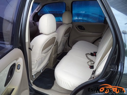 Ford Escape 2005 - 3