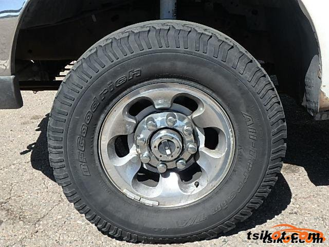 Ford F-250 2001 - 4