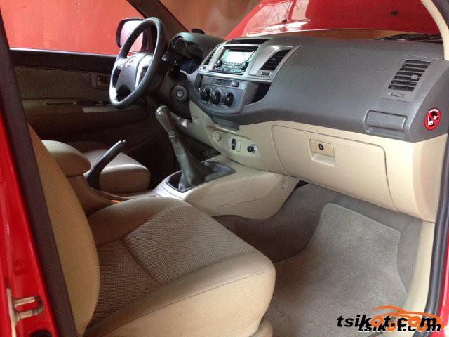 Toyota Hilux 2013 - 5