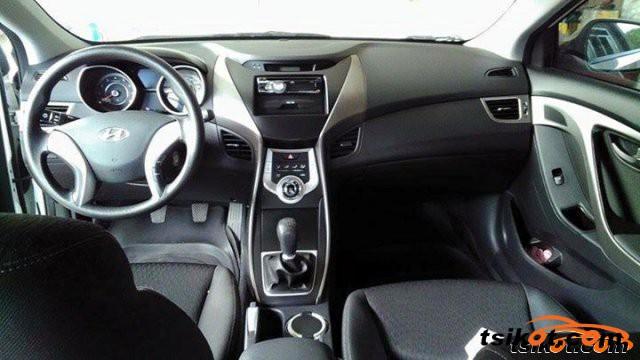 Hyundai Elantra 2011 - 1