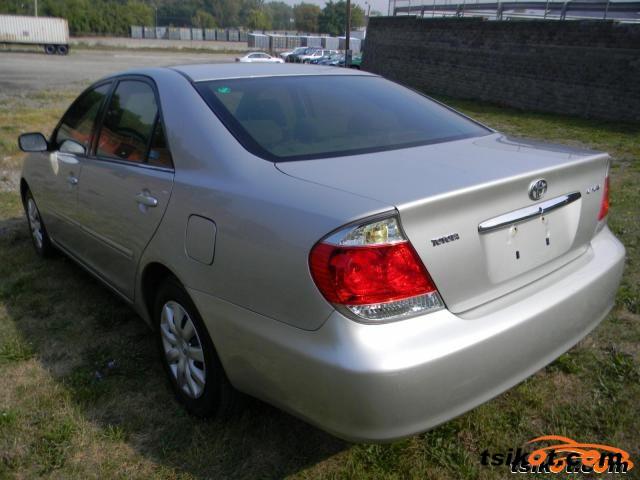 Toyota Camry 2005 - 5