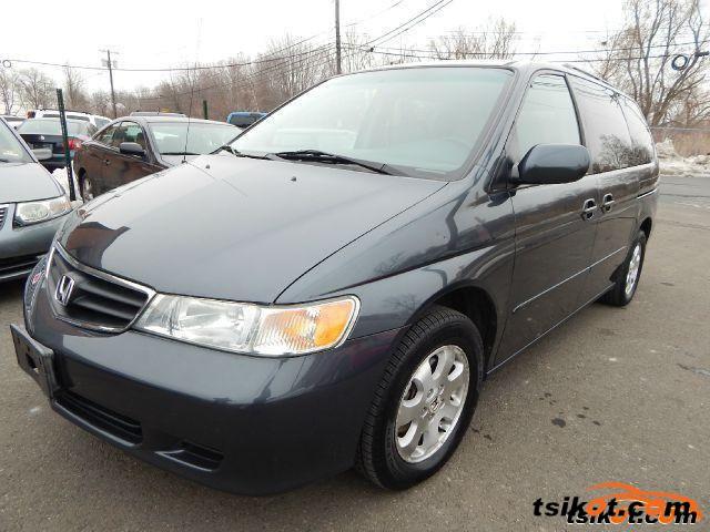 Honda Odyssey 2004 - 1