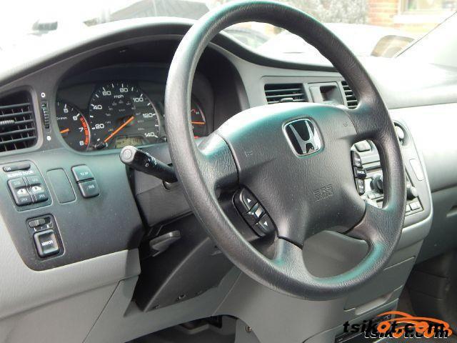 Honda Odyssey 2004 - 2