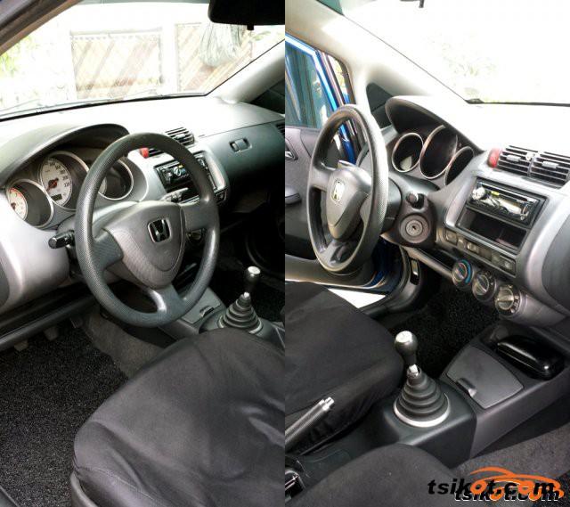 Honda Fit 2005 - 6
