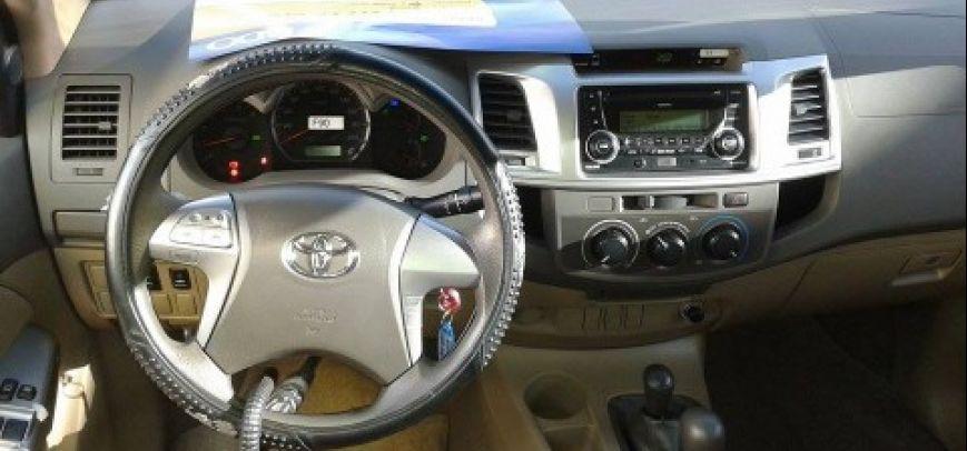 Toyota Hilux 2012 - 9