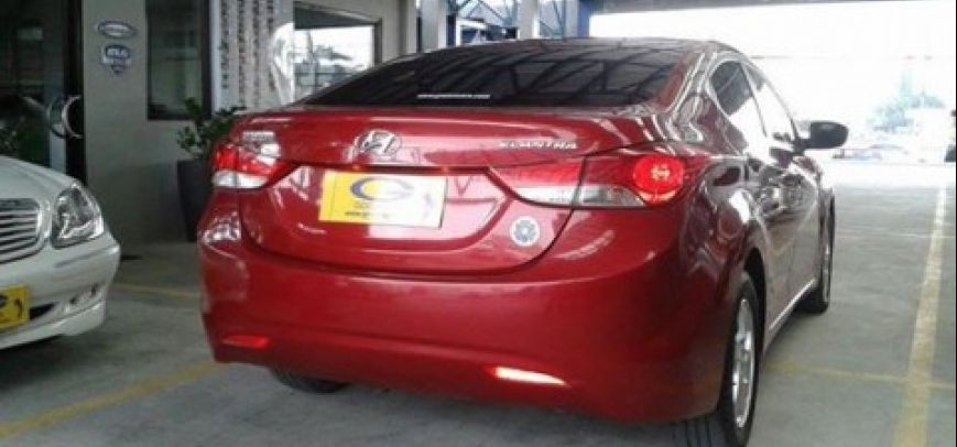 Hyundai Elantra 2011 - 3