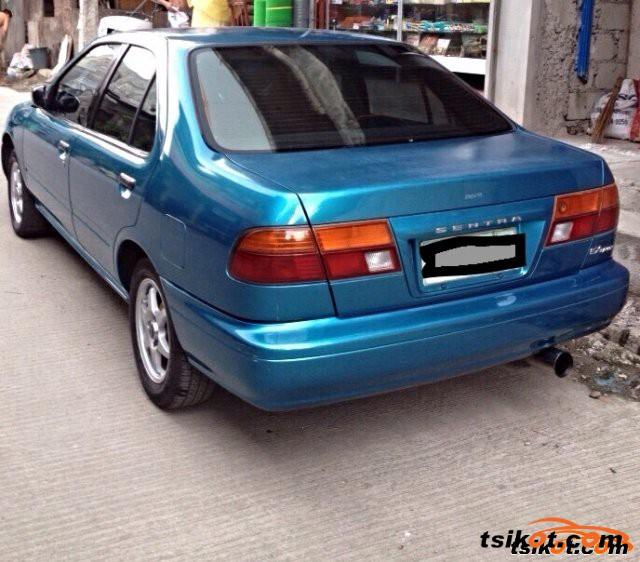Nissan Sentra 2000 - 6