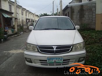 Toyota Runx 2008 - 4