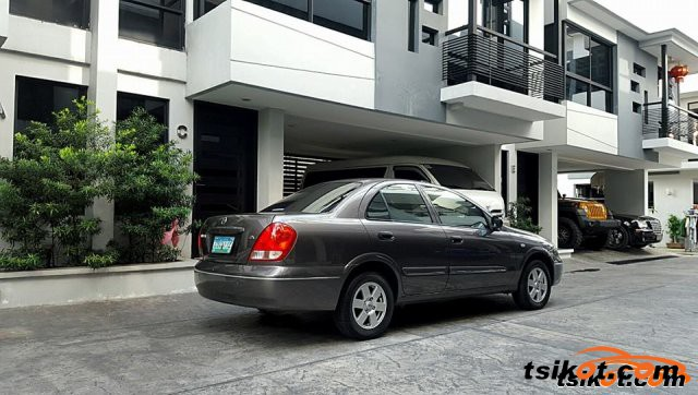 Nissan Sentra 2008 - 3