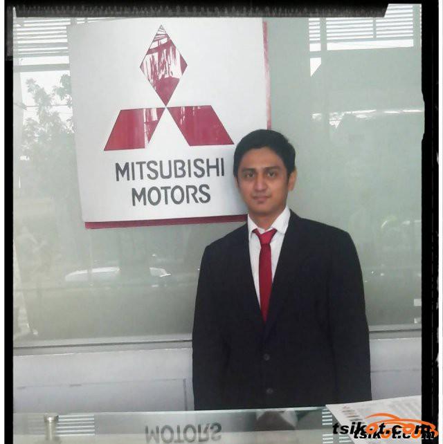 Mitsubishi Mirage 2015 - 4