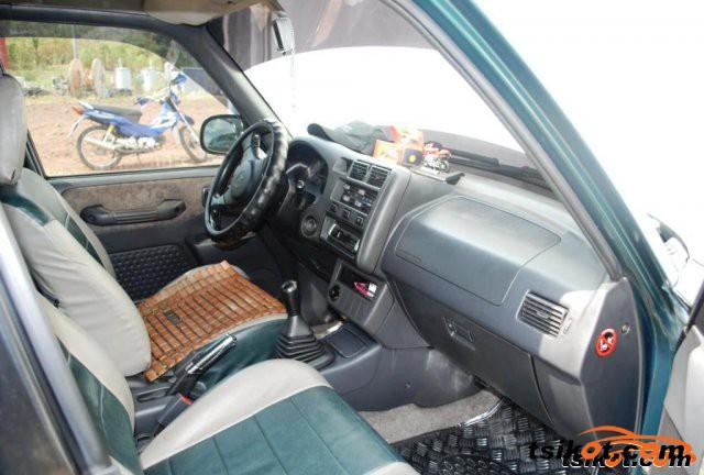 Toyota Rav4 1997 - 5
