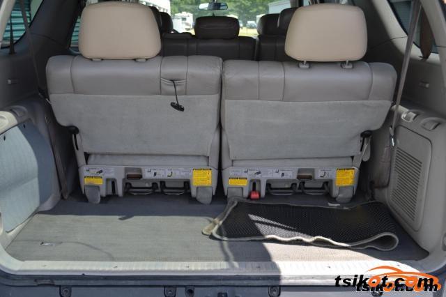 Toyota Sequoia 2001 - 5