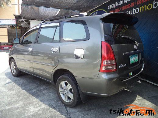 Toyota Innova 2006 - 6