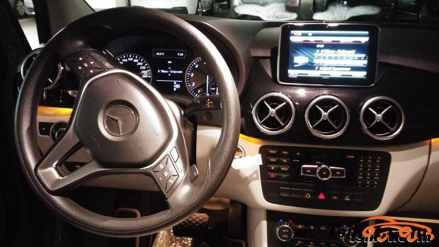 Mercedes-Benz 200 2013 - 3