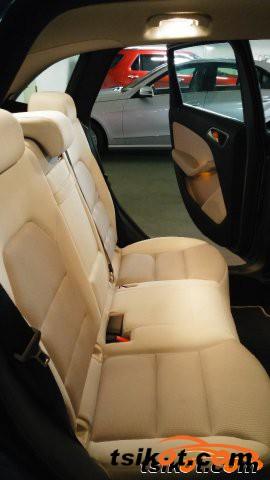 Mercedes-Benz 200 2013 - 4