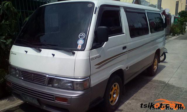 Nissan Escapade 2001 - 3