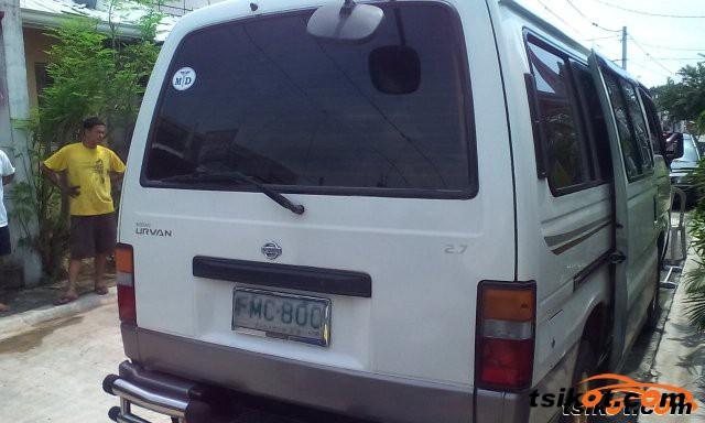 Nissan Escapade 2001 - 4