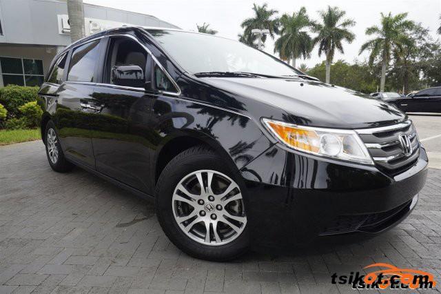 Honda Odyssey 2013 - 3