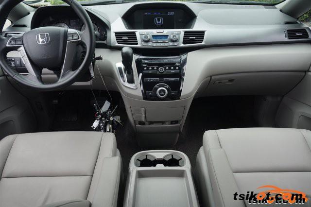 Honda Odyssey 2013 - 4