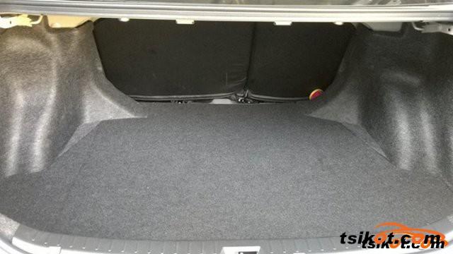 Toyota Corolla 2010 - 5