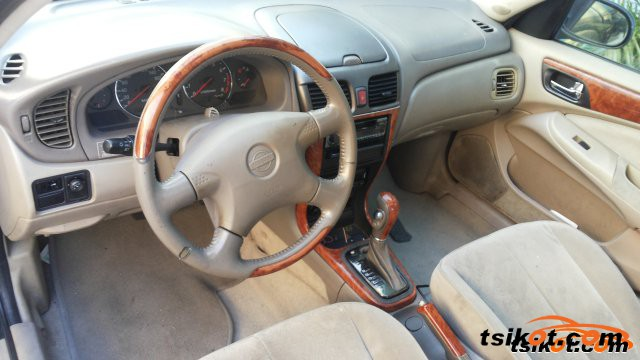 Nissan Sentra 2002 - 4