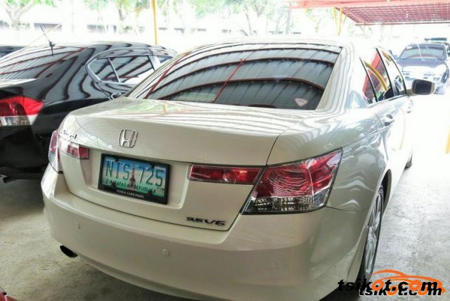 Honda Accord 2010 - 3