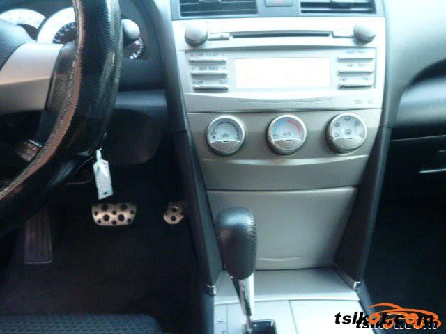 Toyota Camry 2010 - 1