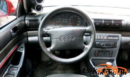 Audi A4 1998 - 6