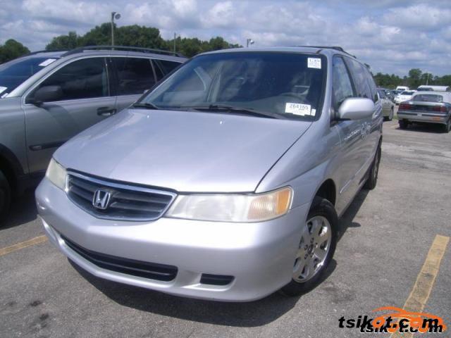 Honda Odyssey 2002 - 3