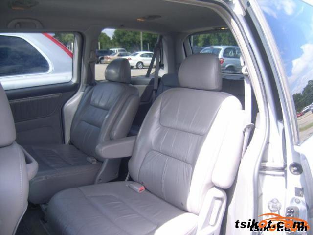 Honda Odyssey 2002 - 6