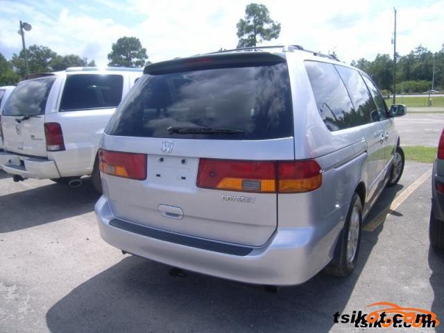 Honda Odyssey 2002 - 1