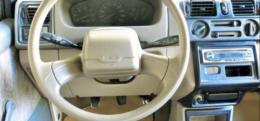 Mitsubishi Adventure 2004 - 7