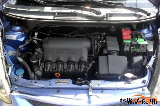 Honda Fit 2006 - 5